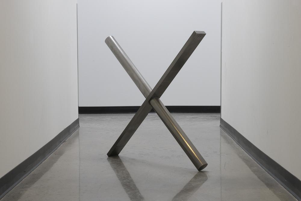 Daniel McCarthy Clifford, Untitled, 2016, steel, 36x36x4