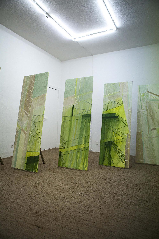 Natacha Mankowski,Monument #2, 2016, oil on canvas, 500x170 cm